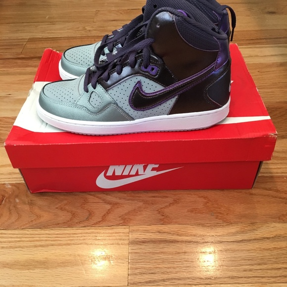 Nike Women's Son of Force Mid